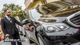 Transfer aeroport Mercedes E Class cu sofer