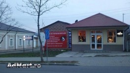 Vand spatiu comercial in Husi, central